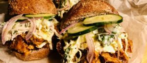 Кето сэндвич с томленой свининой