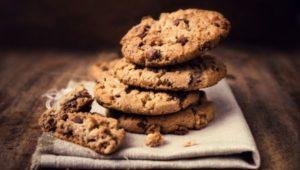 Кето печенье с шоколадной крошкой фото