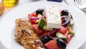 Греческий салат на кето