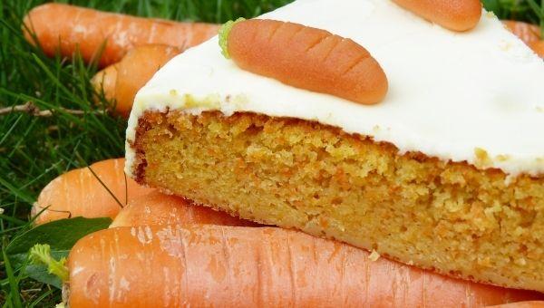 Веганский морковный пирог